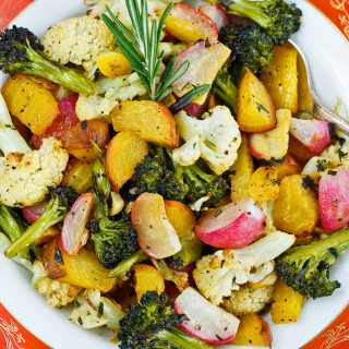 Roasting Vegetable Medley Recipe is a delicious way to introduce new varieties of vegetables to everyday meals. Adds an ideal pop of color for holiday dinners too.