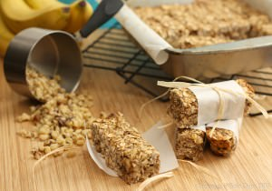 Banana-Nut-Bread-Granola-Bars-Cupcakes-Kale-Chips-2013-2-wm