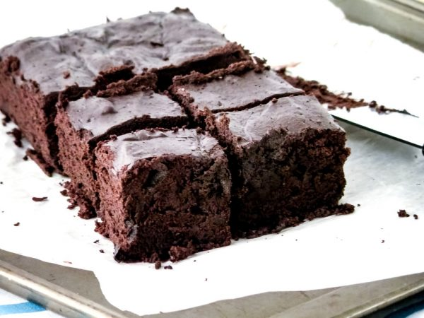 15 super bowl Flourless Brownies -- Homemade Mommy