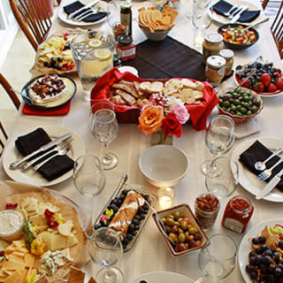 7 Tips for Hosting a Wine & Cheese Party